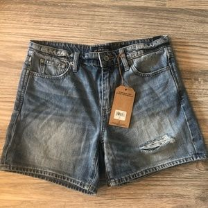 Lucky Brand The Boyfriend Short